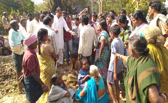 Farmer Death With Power Wire West Godavari - Sakshi