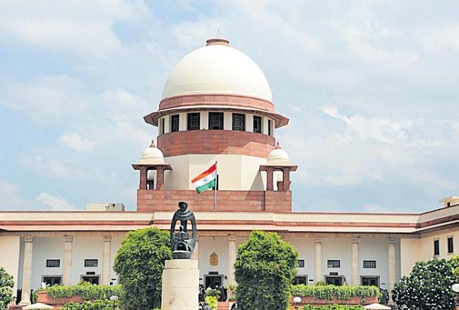 Supreme Court refuses to stay amendments to SC/ST Act - Sakshi