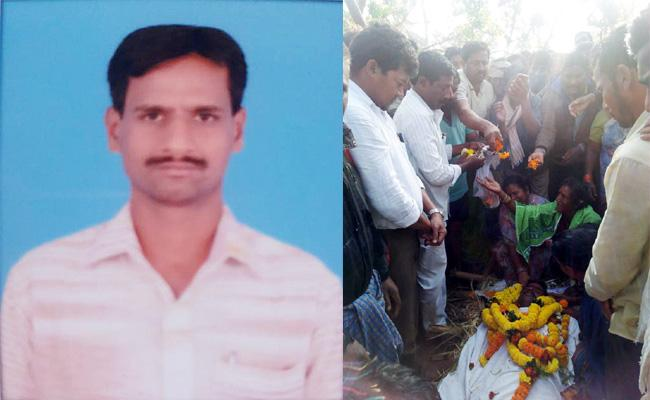 Farmer Died With Heart Stroke in Srikakulam - Sakshi