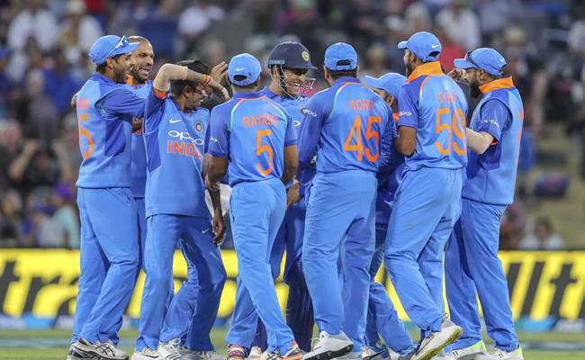 Kuldeep, Rohit help India bag 2-0 lead - Sakshi