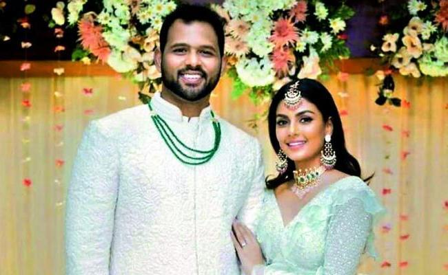 Anisha Ambrose Was Engaged to Guna Jakka Last Month - Sakshi