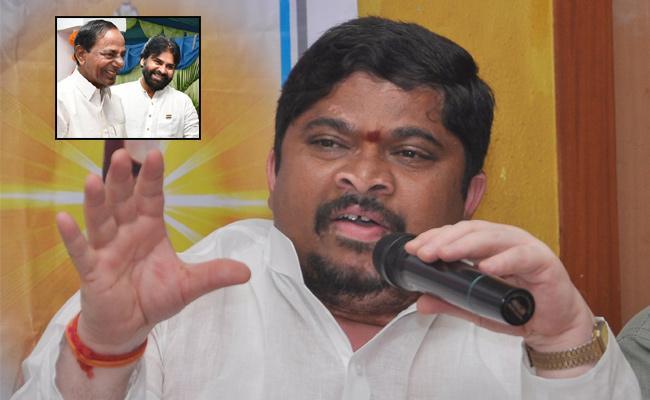 Ponnam Prabhakar Slams CM KCR - Sakshi