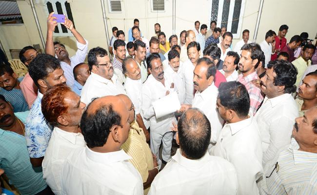 Bhumana Karunakar Reddy Promise To TTD People - Sakshi