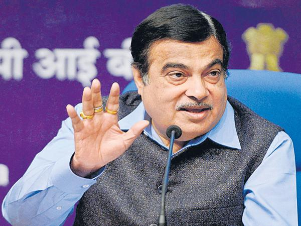 Nitin Gadkari Sensational Comments on his party - Sakshi