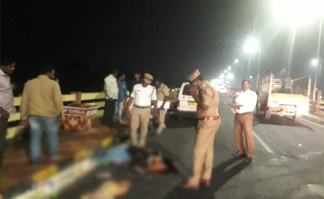 Young Woman Died in Bike Accident - Sakshi