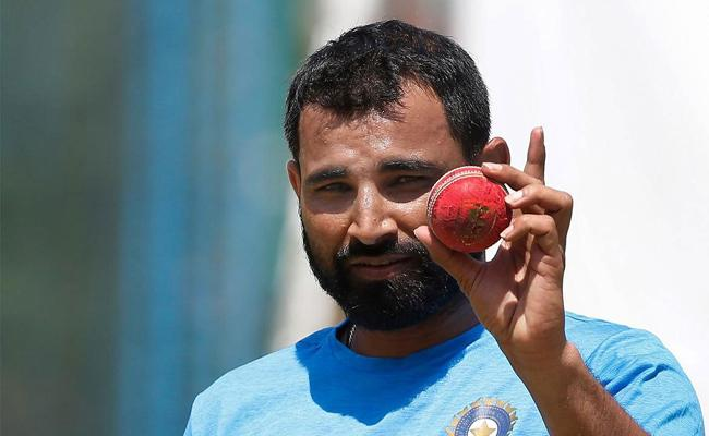 Dressing room environment is helping me succeed: Mohammed Shami - Sakshi