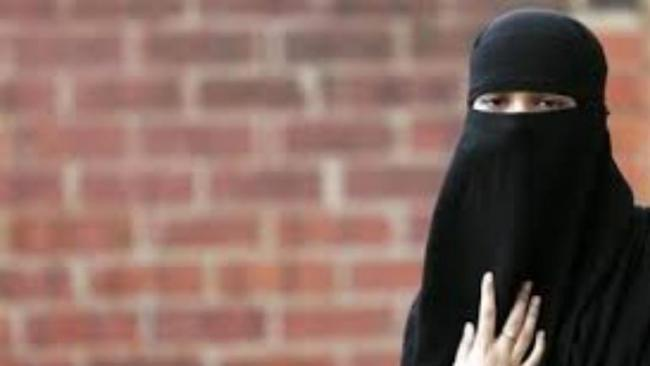 UP Man Gives Triple Talaq Over Phone To Wife Over 10 minutes Late - Sakshi
