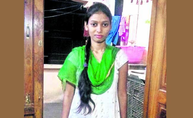 Young Woman Committed Suicide In LB Nagar - Sakshi
