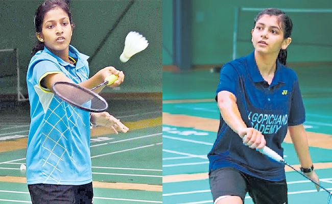 Gayatri and Samiya In Quarters of All India Ranking Badminton - Sakshi