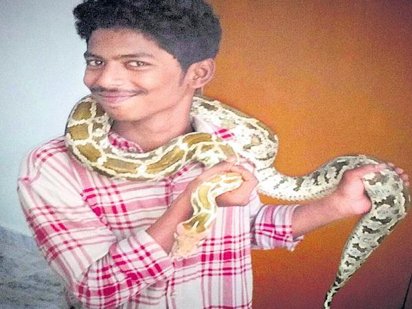 Selfie with Python - Sakshi