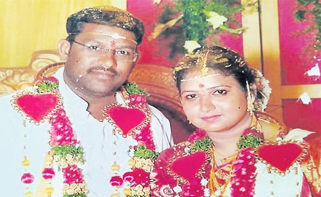 Software Engineer Suspicious Death in Hyderabad - Sakshi
