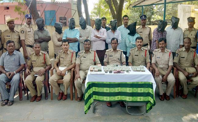Matka Gang Arrest in YSR Kadapa - Sakshi