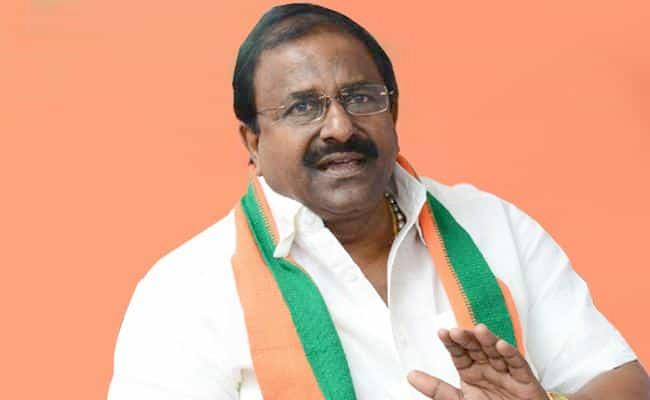 BJP Leader Somu Veerraju Fires On Chandrababu - Sakshi