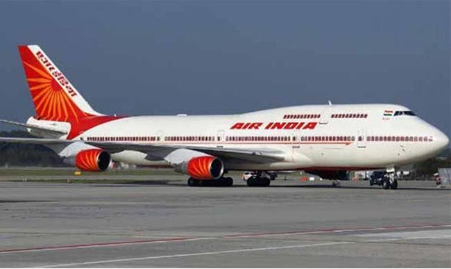Muscat to Calicut  Air India Express passengers suffers nose bleeding - Sakshi