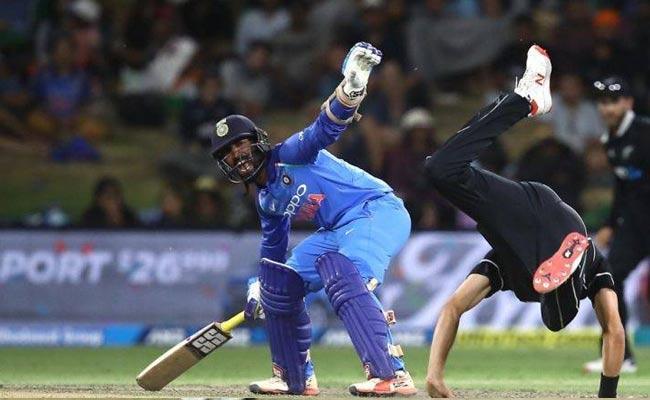 Dinesh Karthik Trolled for Denying Krunal Pandya Strike in Last Over - Sakshi
