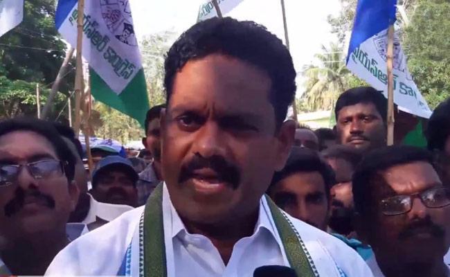 YSRCP Leader Mudunuri Prasada Raju Slams Chandrababu Naidu Over BC Issue - Sakshi