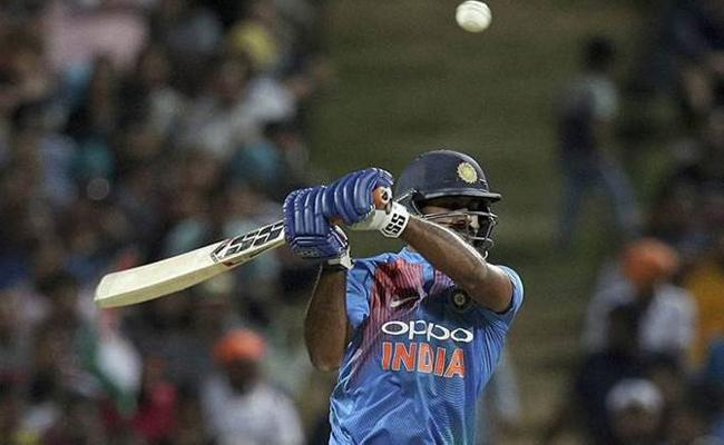Promotion to number three was a big surprise: Vijay Shankar - Sakshi