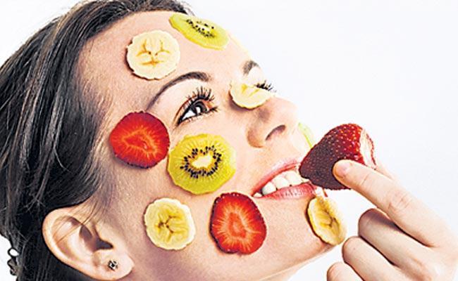 Lemon juice Natural Cleanser Cleanses The Skin - Sakshi