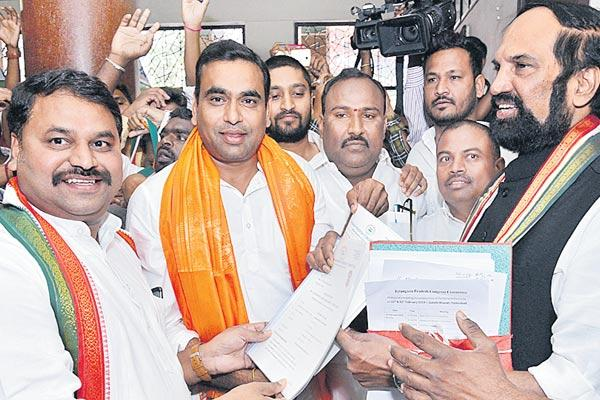 Congress applications are heavily applicable - Sakshi