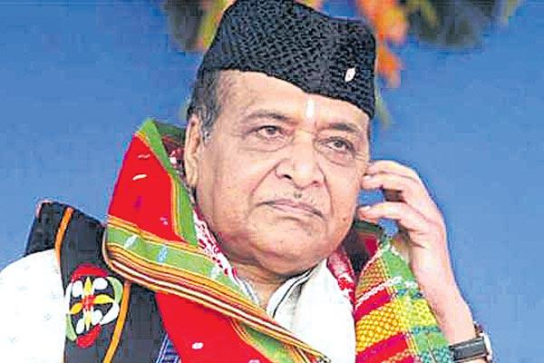 Bhupen Hazarika son refuses to accept Bharat Ratna - Sakshi