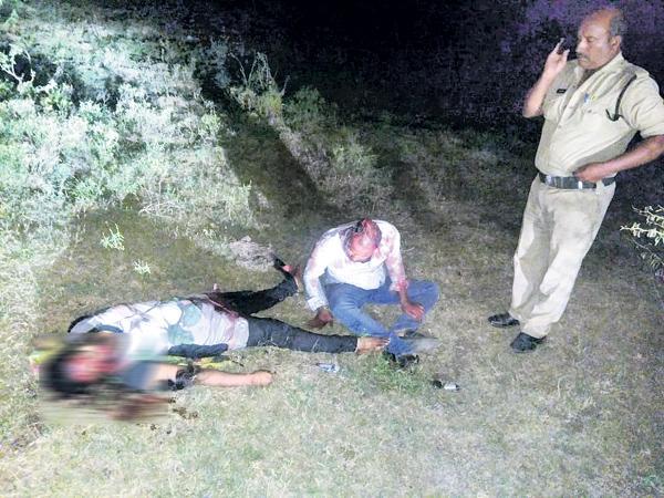 Unknown Attack On Love Couple In Guntur - Sakshi