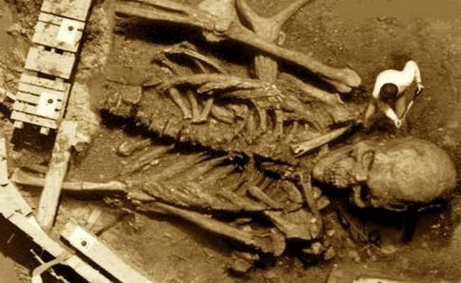 Skeleton Found In Bellampalli Still A Mystery - Sakshi