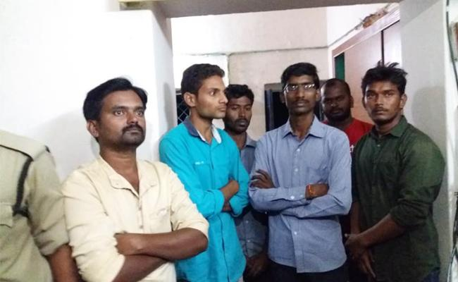 Fake Survey Team Arrest in Srikakulam - Sakshi
