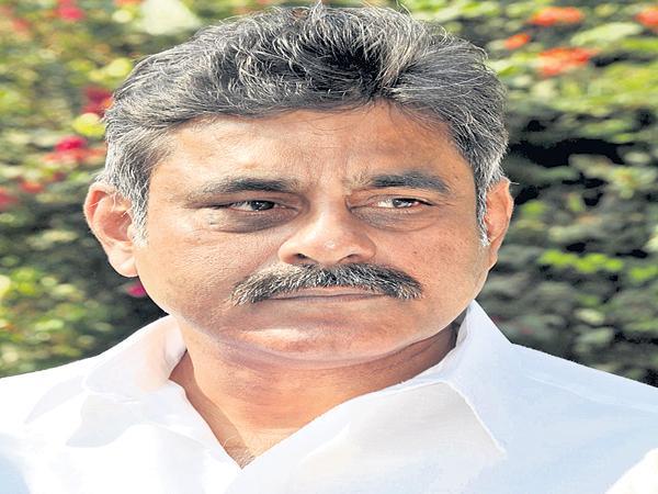 MP Konda Visweswar Reddy suggestion to Congress - Sakshi
