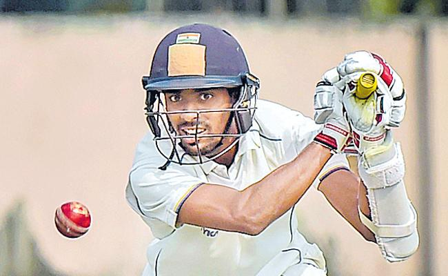 India A vs England Lions: Easwaran Ton, Rahul 81 Prop Up Hosts - Sakshi