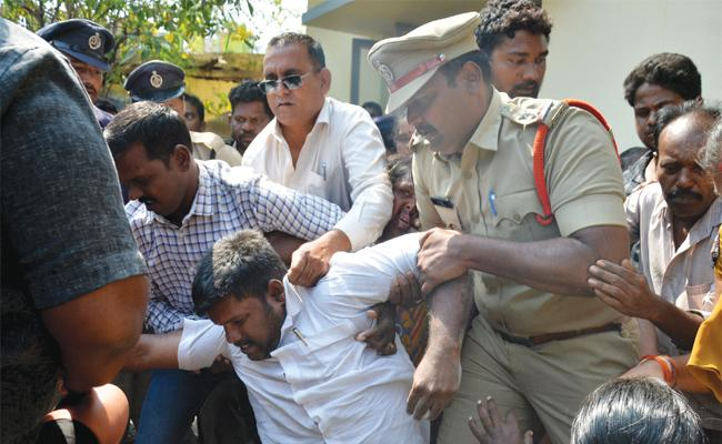 Police Attack on YSRCP Corporater - Sakshi