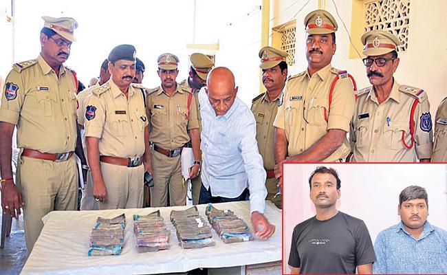 Dieasel Thiefs Arrest in Hyderabad - Sakshi