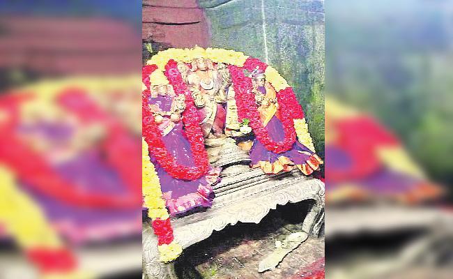 Crown Missing Case Still Pending in Chittoor - Sakshi