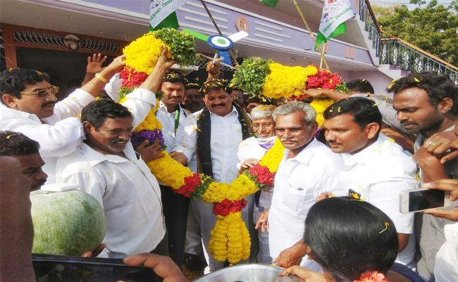 YS Avinash Reddy Slams Chandrababu Naidu - Sakshi
