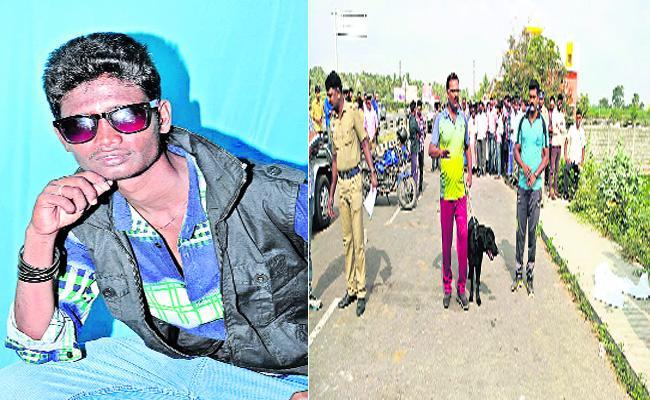 Rowdy Sheeter Murder On Road In Tamilnadu - Sakshi