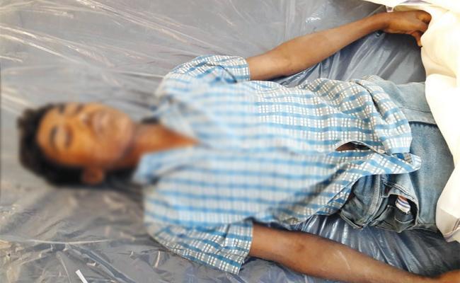 Three Men Commits Suicide in Visakhapatnam - Sakshi