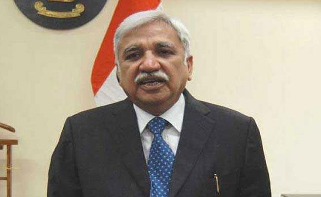 CEC Sunil Arora Reacts On Voters Names Removing In AP - Sakshi