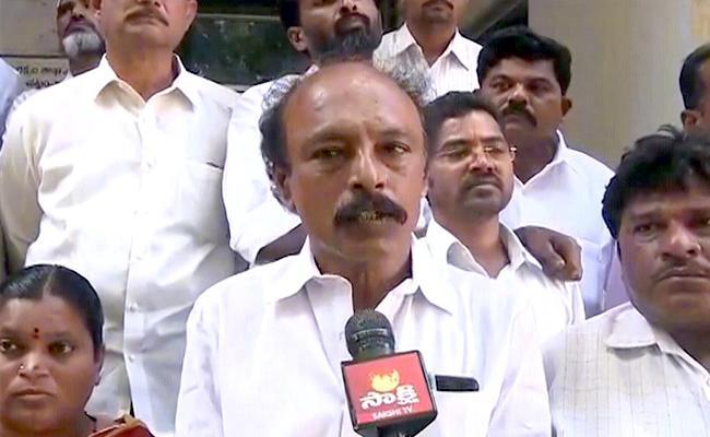 YSRCP Leader Visweswara Reddy Fires On Payyavula Keshav - Sakshi