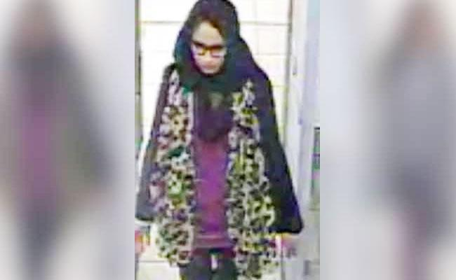 UK Girl Now Pregnant Who Joined IS Wants To Come Home Back - Sakshi