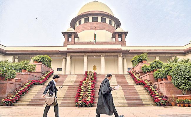 Supreme Court Key Orders On Power Sharing In Delhi Region - Sakshi
