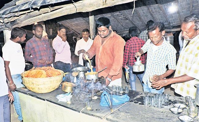 Karim Bhai Chai is special in Dharmapuri - Sakshi