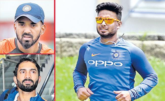 India vs Australia: Rahul Returns, Karthik Dropped from ODI Squad - Sakshi