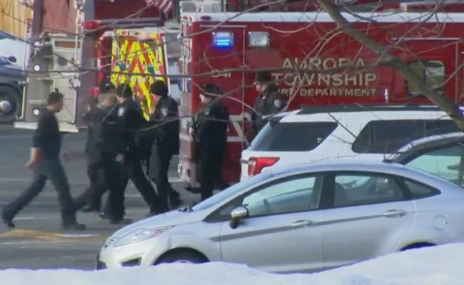 Man Fires And Five Men Died In Aurora Near Chicago - Sakshi