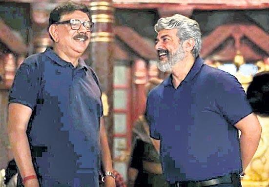 Thala Ajith visits director Priyadarshan in Hyderabad - Sakshi