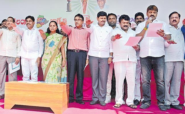 Organ donation MPs Kavita And Santosh Kumar who signed - Sakshi