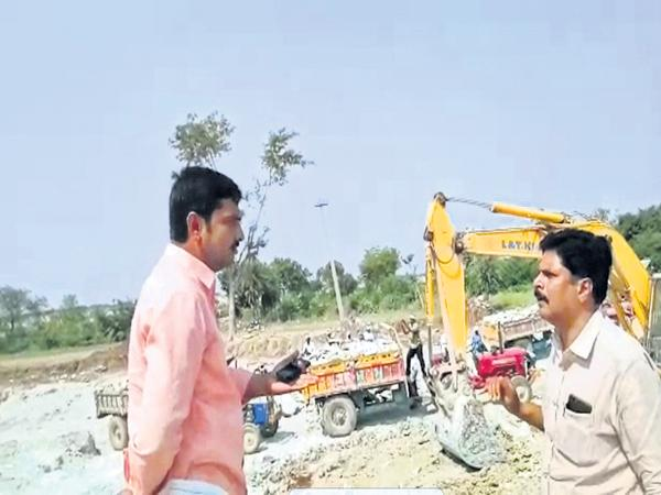 Raging mining mafia in Palnadu - Sakshi
