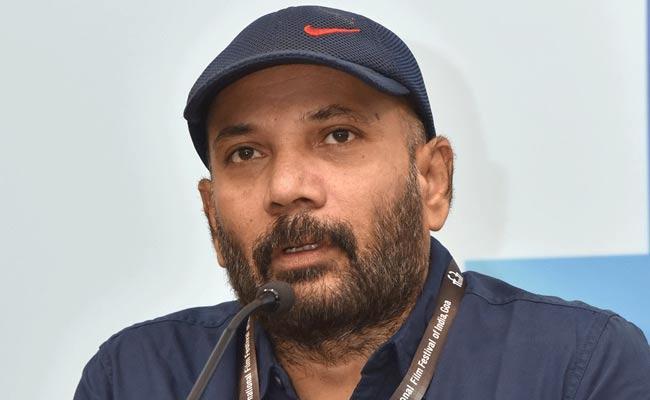 Director Chezhiyan About His Tolet Movie - Sakshi