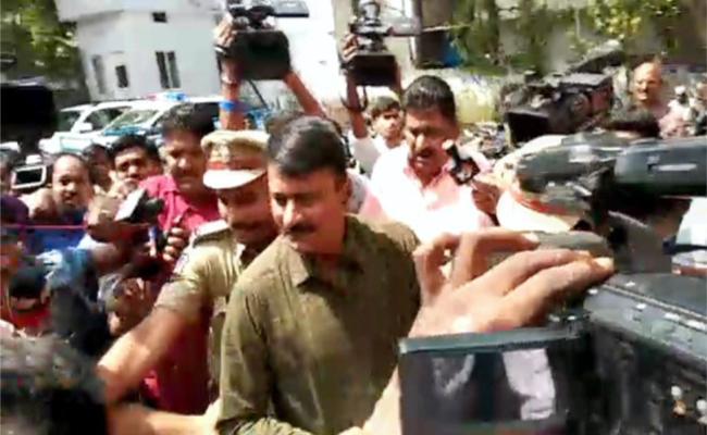 Jayaram murder case:ACP Mallareddy,CI Srinivas Attended police Investigation - Sakshi
