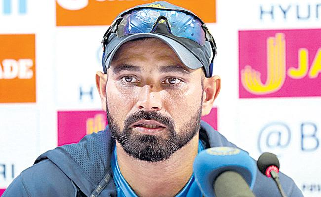 Mohammed Shami wants to win Australia ODI series for Pulwama martyrs - Sakshi