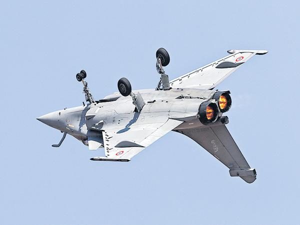 Aero India is the grandest start in Bangalore - Sakshi