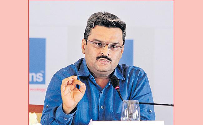 Chidambaram, Krishnan, Abhishek abused official powers to kill my exchanges and help NSE: Jignesh Shah on NSEL scam  - Sakshi